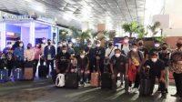 Setelah Penerbangan 20 Jam, Tim Indonesia Selamat sampai di Inggris