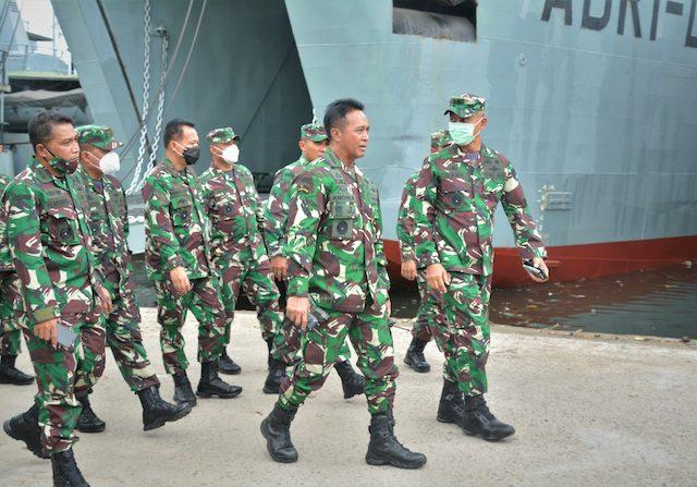 Misi Kemanusian di NTB dan NTT, TNI Terjunkan Satgas dan Alat Berat