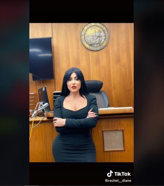 Curhat Pengacara Dituduh Tak Profesional karena Terlalu Cantik (tiktok.com/@rachel__diane)
