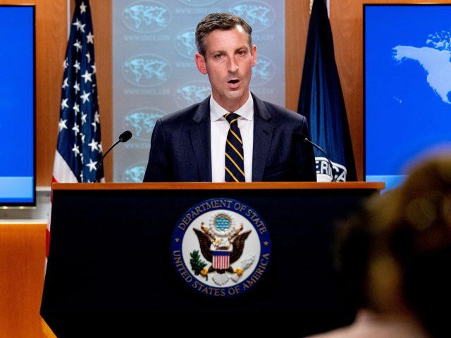 AS dan Taliban Bertemu Bahas Kiriman Bantuan dan Lanjutan Evakuasi